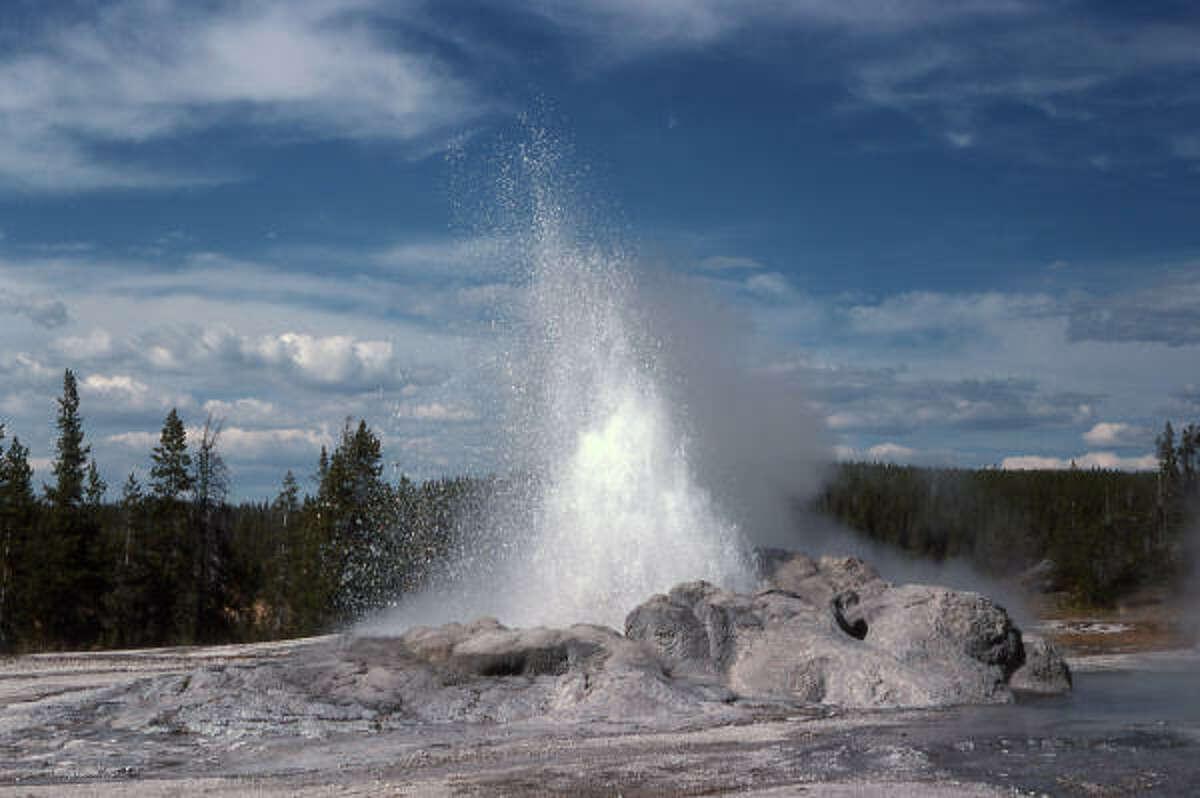 4. Yellowstone: 3,151,343