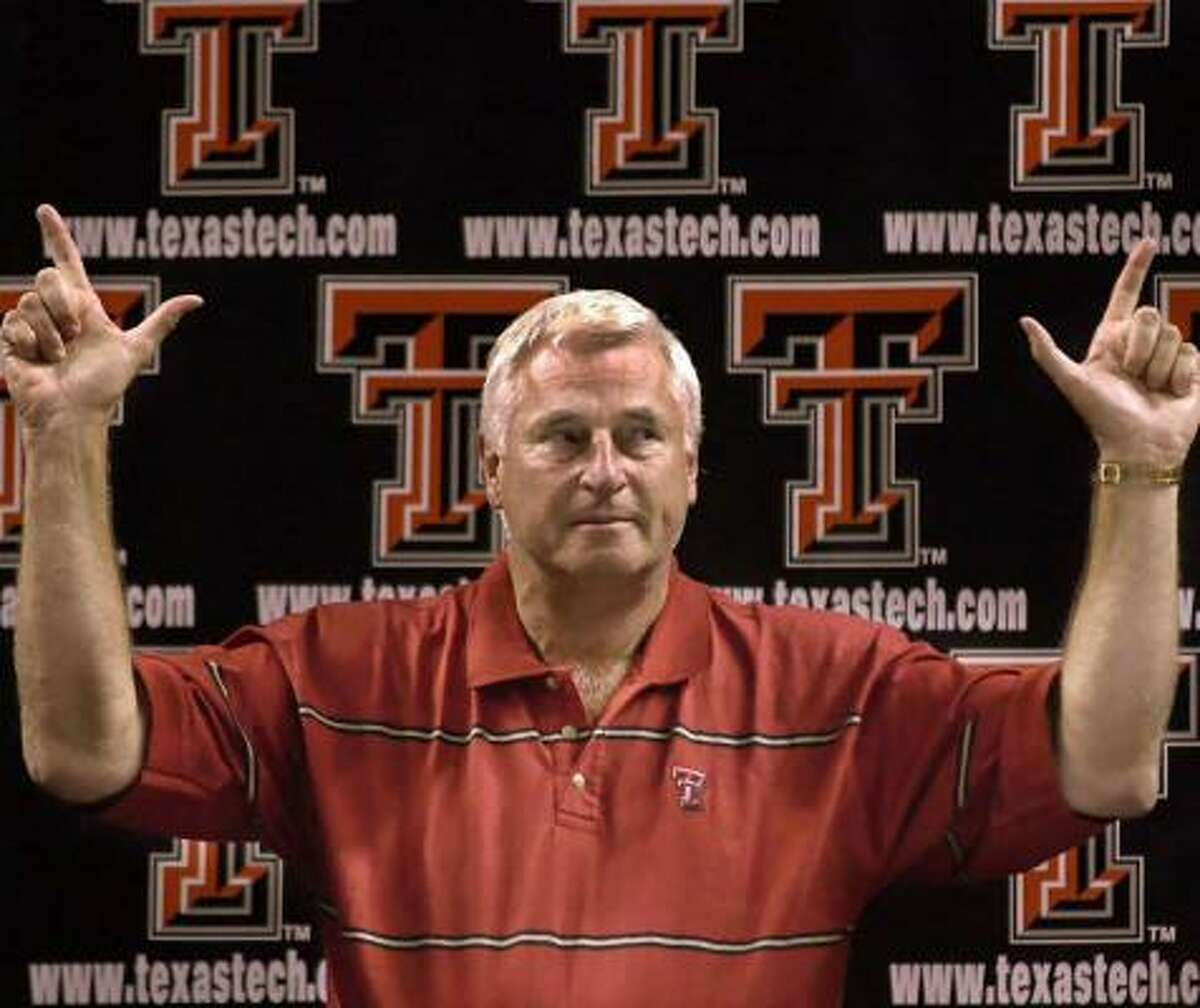 Bob Knight was hired at Texas Tech in 2001.