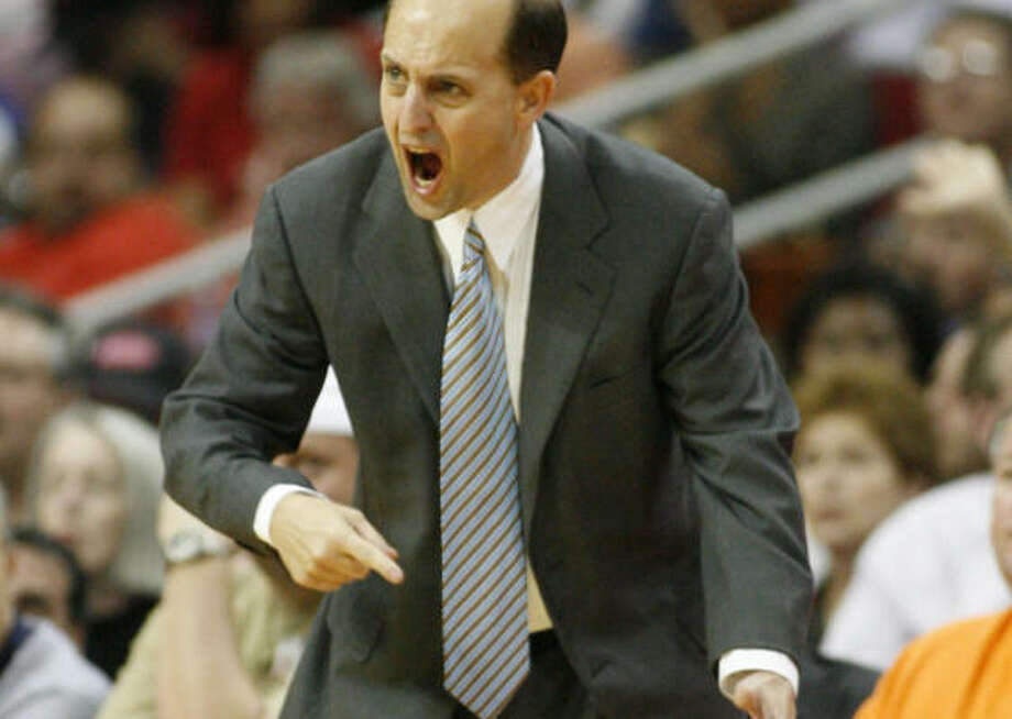 Jeff Van Gundy has been passionate about the lack of protection for big men on the court. Photo: Kevin Fujii, Houston Chronicle