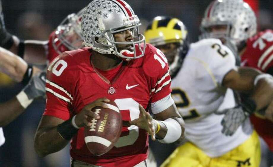 Troy Smith and the Ohio State Buckeyes have secured a spot in the BCS title game. Photo: RON SCHWANE, REUTERS