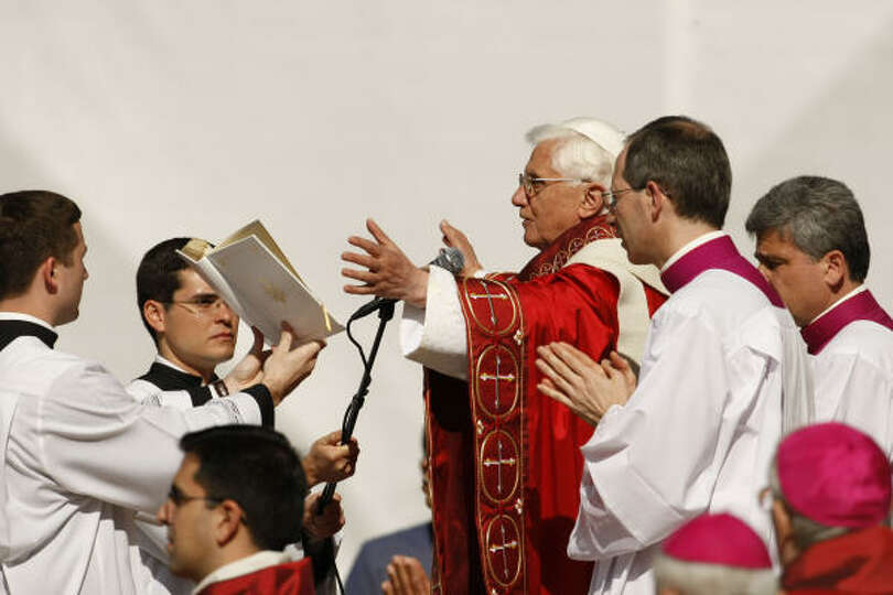 Pope Benedict XVI conducts a Papal Mass on Thursday at Washington Nationals baseball Park in Washing