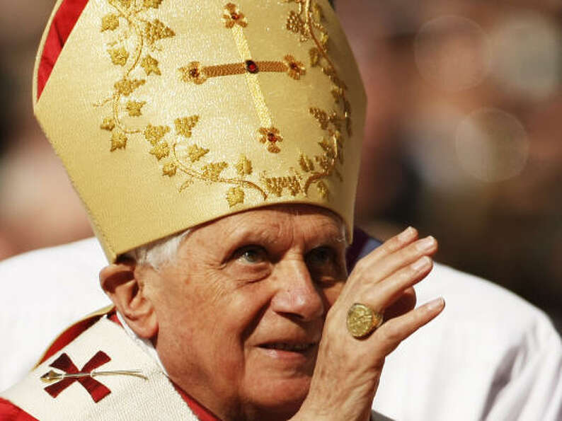 Pope Benedict XVI arrives for his Papal Mass on Thursday at Washington Nationals baseball Park in Wa
