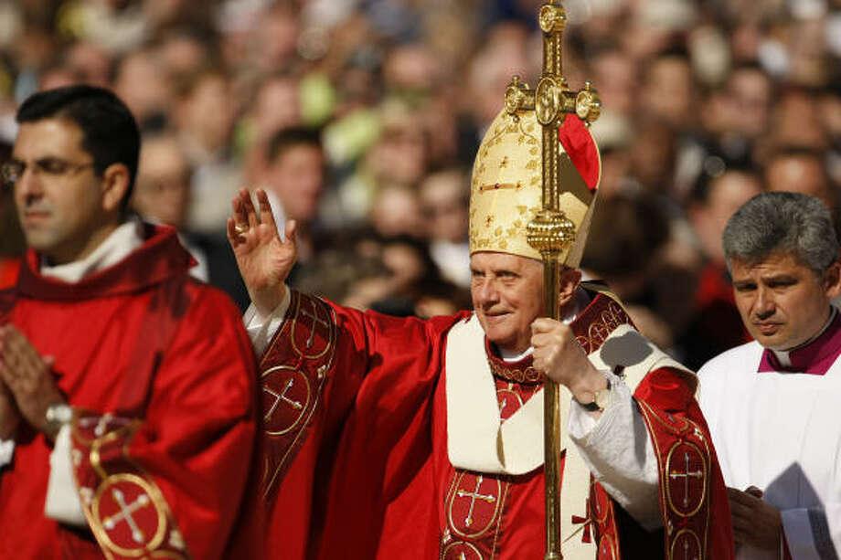 Pope Benedict XVI arrives for his Papal Mass on Thursday at Washington Nationals baseball Park in Washington. Photo: Gerald Herbert, AP