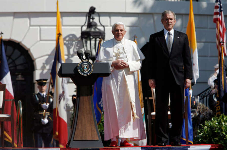Pope Benedict XVI (L) and U.S. President George W. Bush listen to the national anthem of the Vatican during an arrival ceremony on the south lawn of the White House on Wednesday in Washington, DC.  Today is the second day of the Pope's visit to the United States, he is scheduled to be in New York City on Friday. Photo: Chip Somodevilla, Getty Images