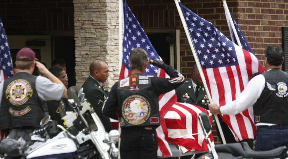 Fallen Army Sgt Shaun Paul Tousha Honored Houston Chronicle