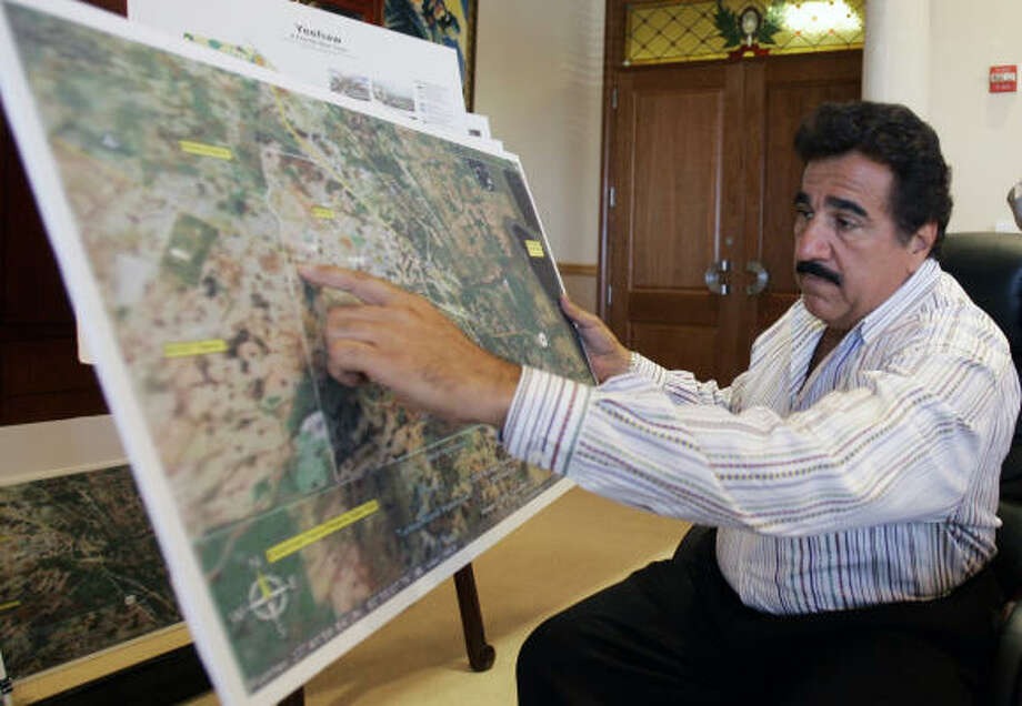 Anthony V. Pugliese III discusses his Destiny project at his Delray Beach, Fla., office. The South Florida developer envisions his new city as a biotechnology hub with a population of 150,000. Photo: ALAN DIAZ, AP