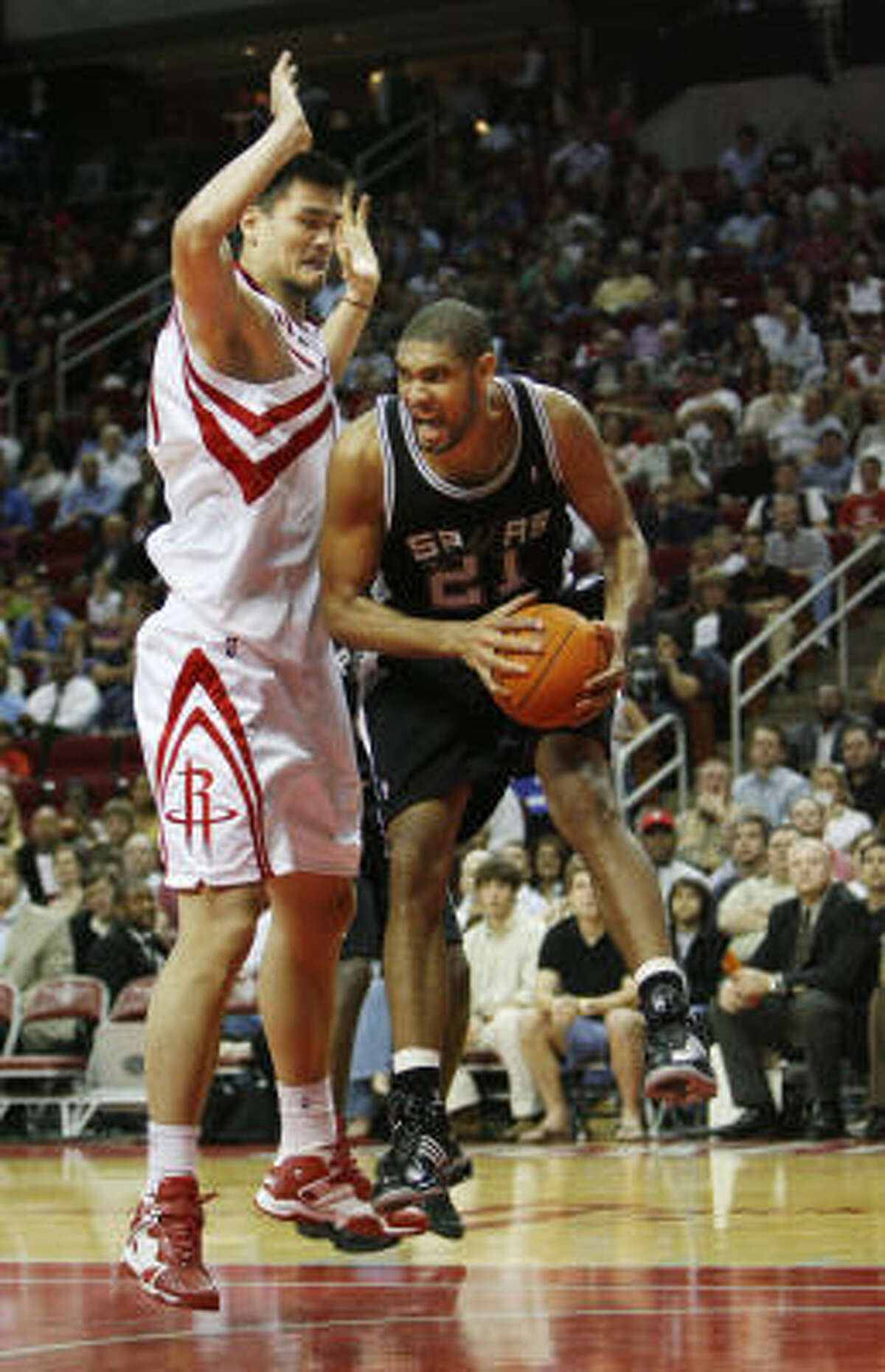 Tim Duncan may have been outscored by Yao Ming 20-19, but it hardly mattered on the scoreboard.
