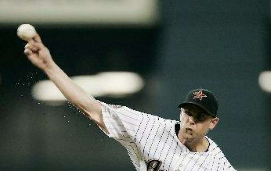 Astros pitcher Brandon Backe delivers a pitch against the Diamondbacks. Photo: David J. Phillip, Associated Press