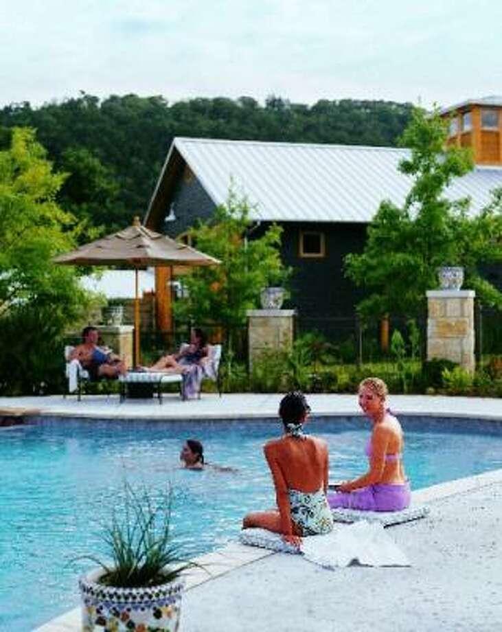 Lake austin spa resort houston chronicle for Best austin spa resorts