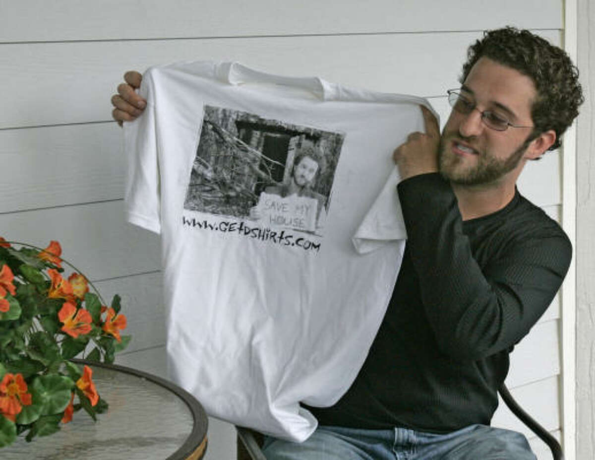 Dustin Diamond is selling the shirts to try to raise $250,000 so he doesn't lose his house under a foreclosure order.