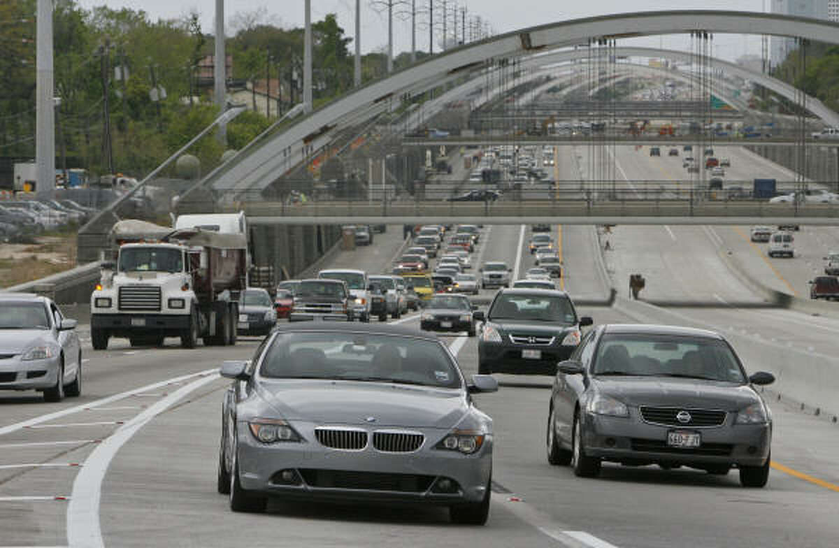 The average Houston commute climbed 1.3 minutes between 2002 and last year.