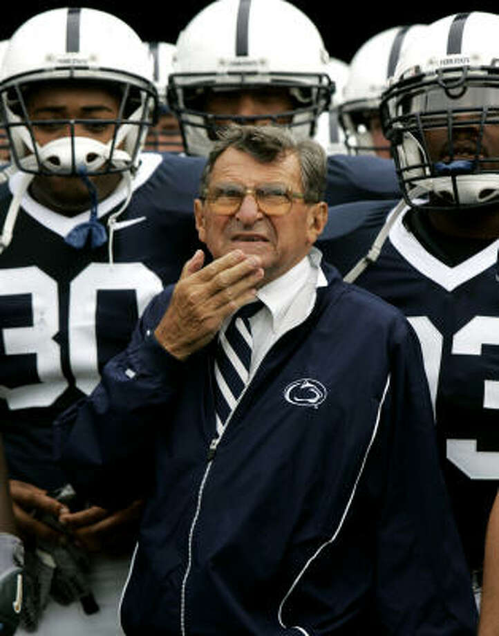 Joe Paterno, Penn State, 43 years:Paterno, who was recently inducted into the College Football Hall of Fame, is 372-125-3, and he has won two national championships and a record 23 bowl games. Photo: CAROLYN KASTER, AP