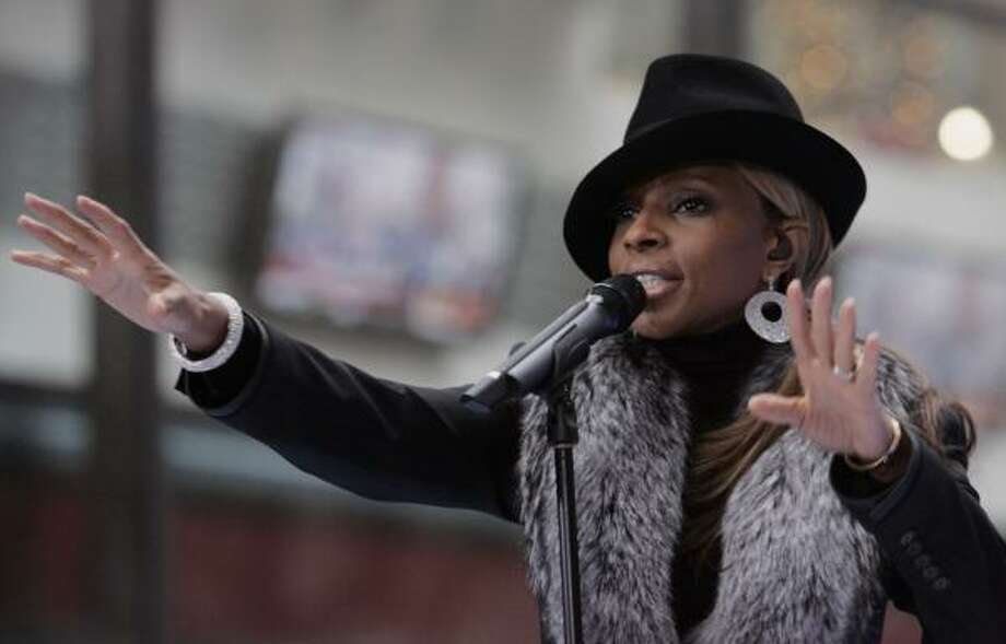 Mary J. Blige treats listeners to a collection of her hits on Reflections (A Retrospective). Photo: RICHARD DREW, Associated Press