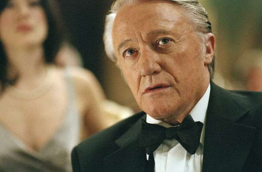 Actor Robert Vaughn stars in the AMC comic caper series Hustle, which premieres Saturday at 9. Photo: AMANDA SEARLE, AMC