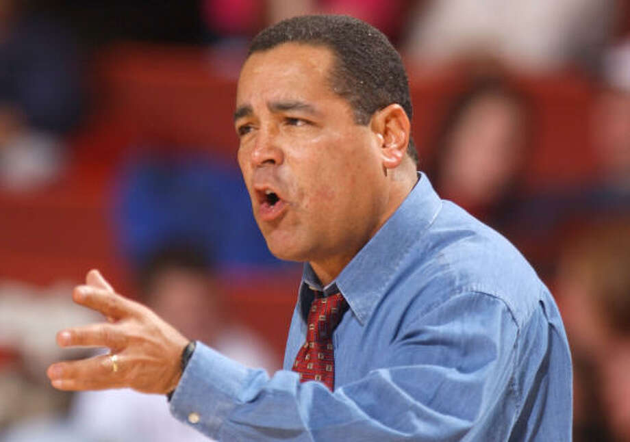 Indiana coach Kelvin Sampson's membership with the National Association of Basketball Coaches was placed on probation for three years for recruiting violations while at Oklahoma. Photo: JERRY LAIZURE, AP File