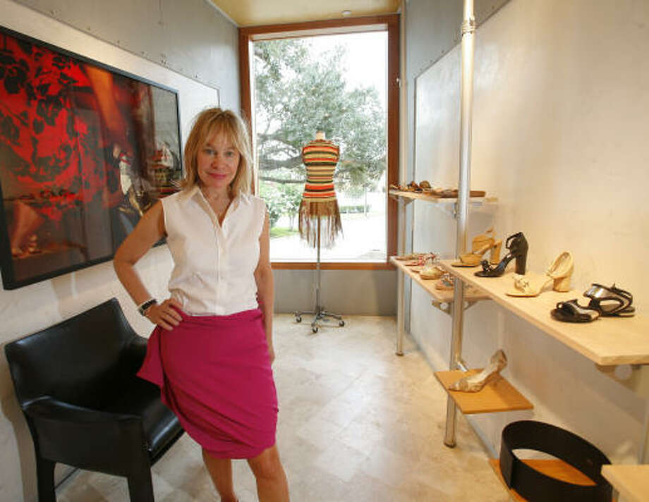 Evelyn Gorman found a new location for her boutique, Mix: Modern Clothes, just blocks from its former site on Kirby. Architect Albert Marichal made it happen by using the space creatively. Photo: Steve Campbell, Houston Chronicle