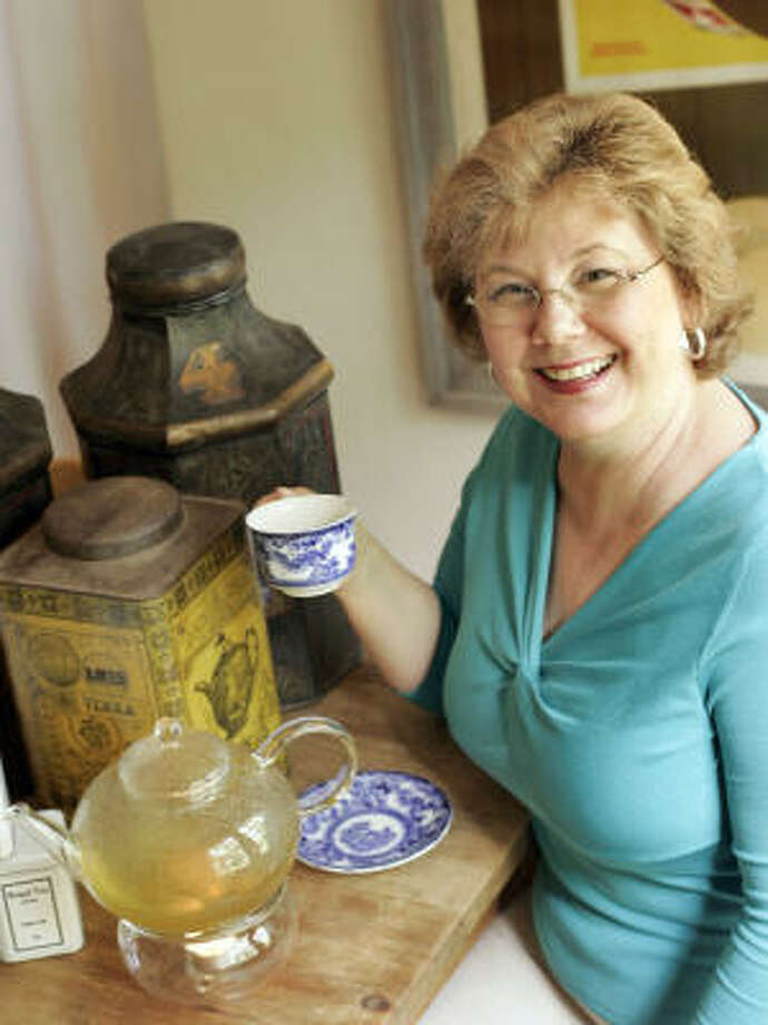Jennifer Cauble of Fort Worth has a passion for tea. Why else would she pay what may be a world-record price for the rare black tea? Photo: MCCLATCHY NEWSPAPERS