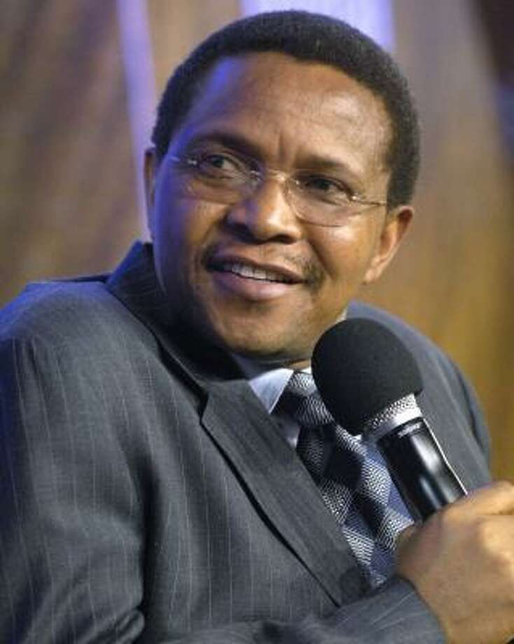 President Jakaya Kikwete has directed the Energy and Minerals Ministry to review mining policies and laws, but ministry officials and mining company representatives missed a self-imposed Sept. 30 deadline to conclude discussions. Photo: CHIP EAST, REUTERS