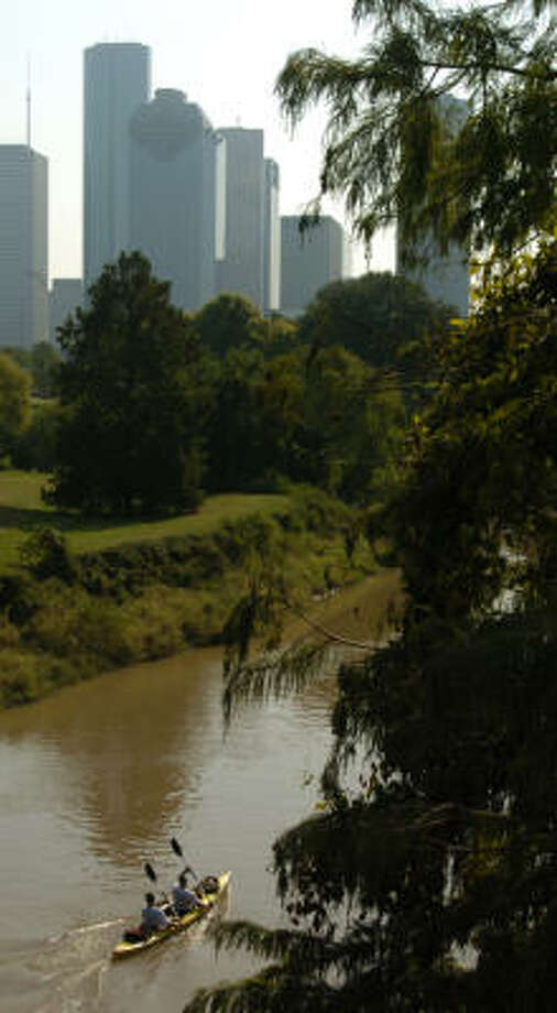 Kayakers and canoers will make waves on Oct. 21, when the 35th annual Buffalo Bayou Regatta gets under way. Photo: Carlos Antonio Rios, Houston Chronicle