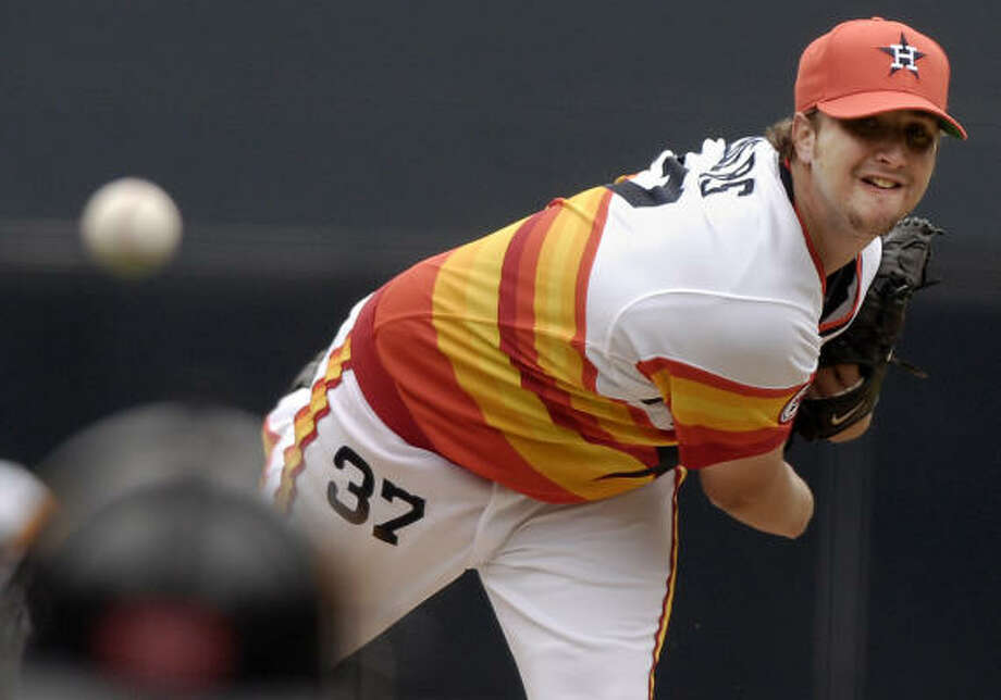 Astros starting pitcher Matt Albers gave up his first Major League career homer against the Padres. Photo: CHRIS PARK, AP