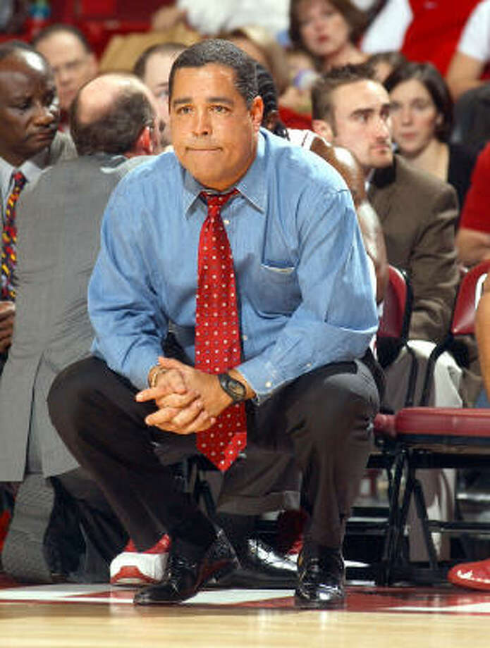 Indiana head coach Kelvin Sampson watches the game against Texas Pan American in Norman, Okla. Photo: JERRY LAIZURE, AP