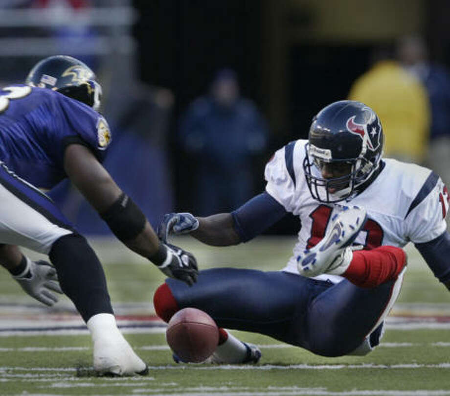 Jerome Mathis' NFL career has been one of ups and downs (in this case, a fumbled return against the Ravens). Photo: Kevin Fujii, CHRONICLE