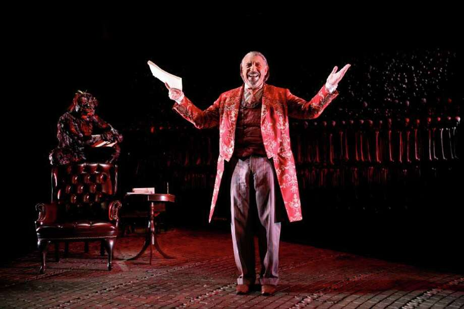 Max McLean stars as  Screwtape  in THE SCREWTAPE LETTERS. Photo credit: Gerry Goodstein Photo: Gerry Goodstein