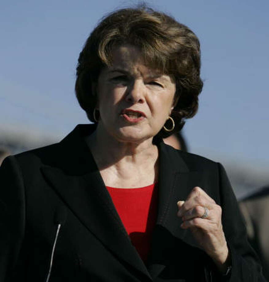 U.S. Sen. Dianne Feinstein, D-Calif., wants the Justice Department to appeal a decision to vacate the late Ken Lay's fraud and conspiracy convictions. Photo: BEN MARGOT, AP