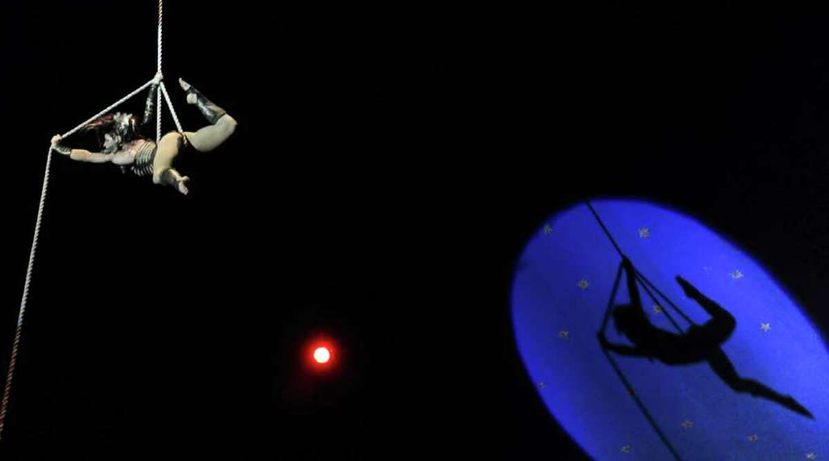 U.S. acrobat Shayna Swanson performs during the 10th International festival of Summer Circus, in Havana on August 11, 2011.