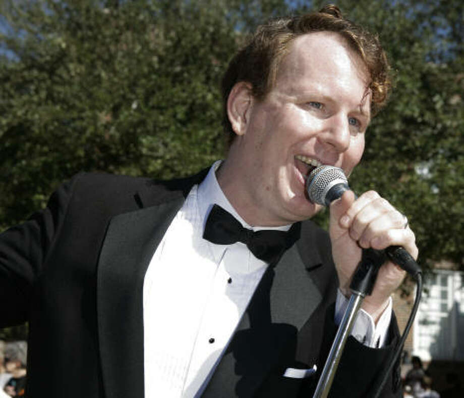 Allen Hill fronts the Allen Oldies Band, which is celebrating ten years this month. Photo: Jill Hunter, For The Chronicle