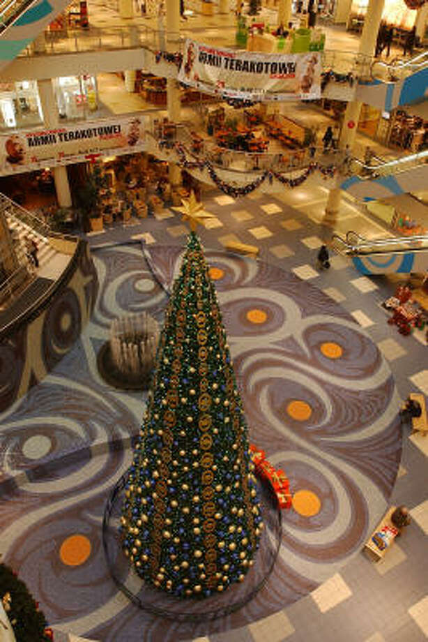 Christmas decorations fill a near-empty shopping mall near Warsaw, Poland, last week. Despite economic growth in Eastern Europe, economists are concerned about structural problems that will prevent sustained success. Photo: CZAREK SOKOLOWSKI, AP