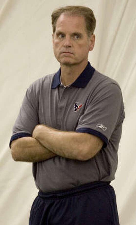 Texans negotiator Dan Ferens is leaving the franchise. Photo: BRETT COOMER, CHRONICLE