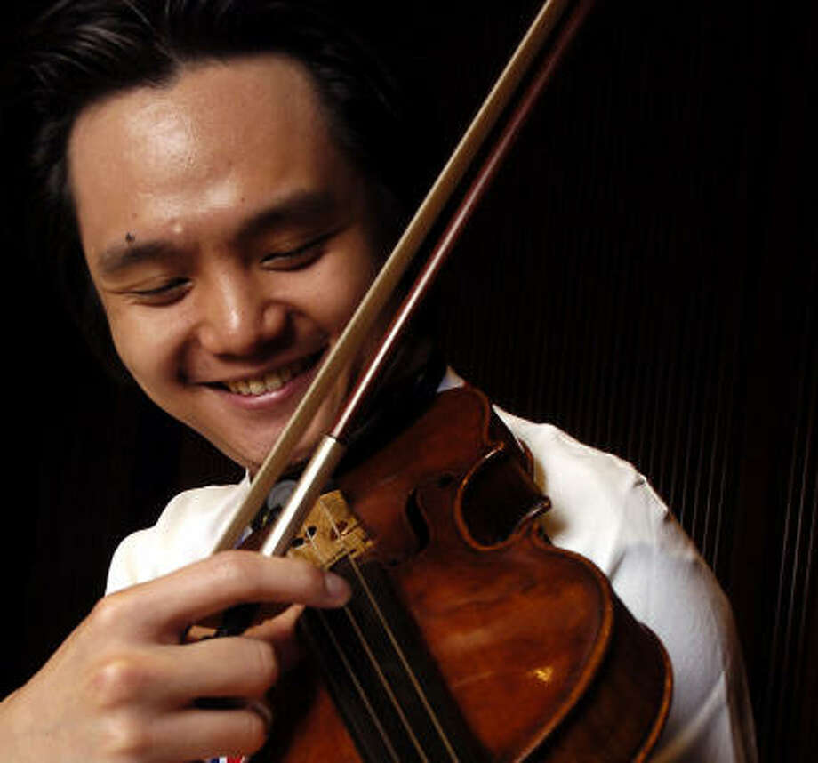 Shih-Kai Lin won the 30th Ima Hogg Young Artist Competition with a performance of Sibelius' Violin Concerto. Photo: Dave Rossman, For The Chronicle