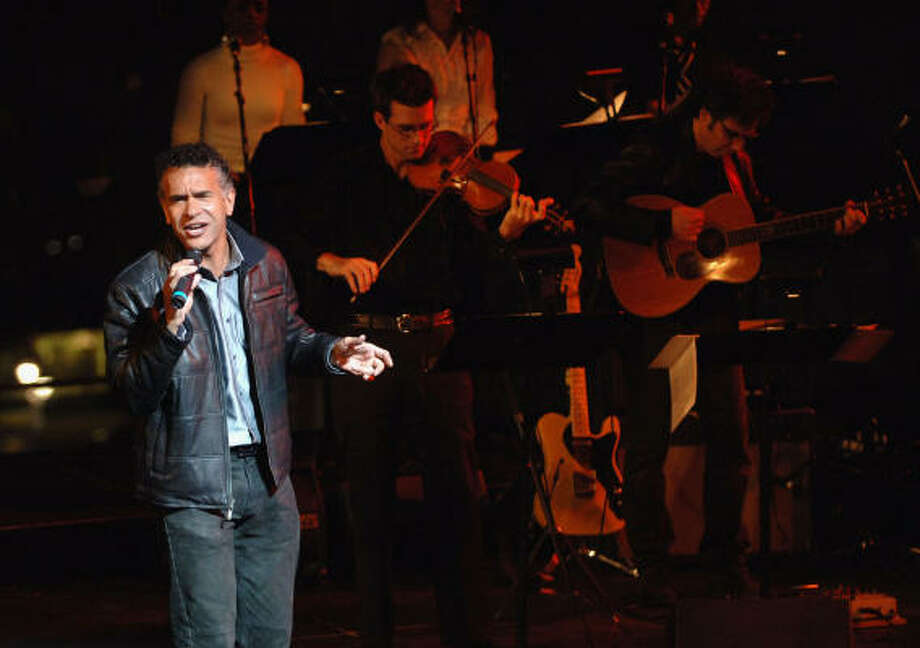On his new album, Brian Stokes Mitchell showcases his jazz stylings, with prominent streaks of playfulness and sensuality. Photo: Brad Barket, Getty Images