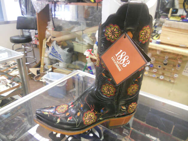 Lucchese women's Vicki stitch pattern boot is among styles available at El Vacquero. JENNIFER RODRIGUEZ / SPECIAL TO THE EXPRESS-NEWS