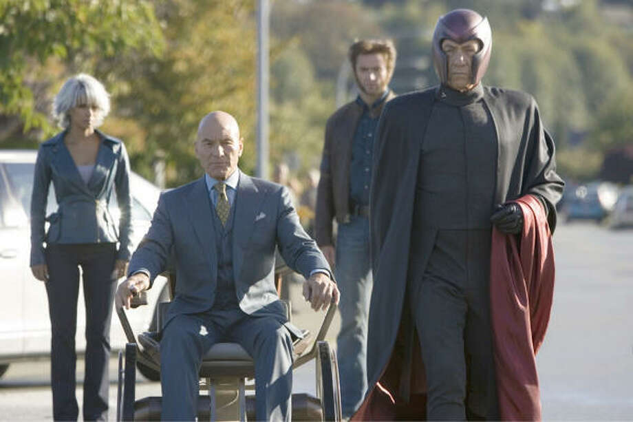 Storm (Halle Berry), from left,  Xavier (Patrick Stewart), Wolverine (Hugh Jackman), and Magneto (Ian McKellen) in a scene from X-Men: The Last Stand. Photo: Handout, KRT