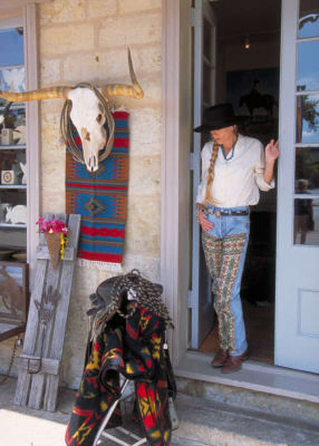 Handmade fabrics are among the high-end souvenirs for sale in historical La Villita. Photo: Al Rendon, San Antonio Convention And Visitors Bureau