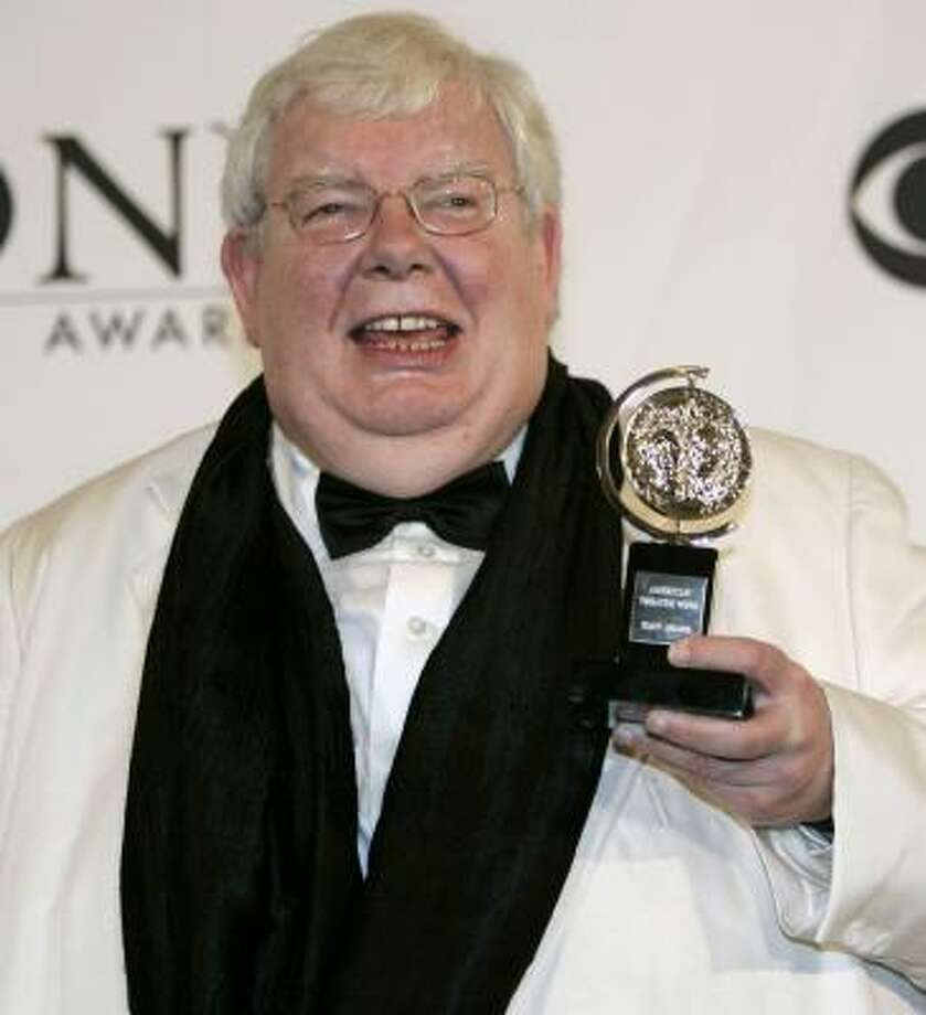 Richard Griffiths poses with his award for Best Performance by a Leading Actor for the play The History Boys . Photo: BRIAN SNYDER, REUTERS