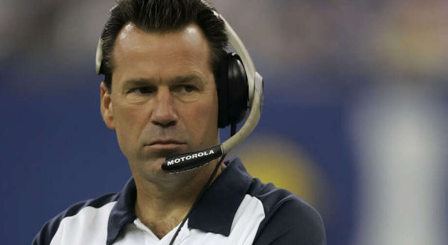 Texans head coach Gary Kubiak isn't going to stop until the team gets better. Photo: MICHAEL CONROY, AP