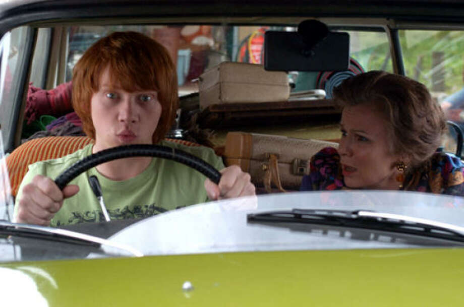 Seventeen-year-old Ben Marshall (Rupert Grint) receives many lessons from Dame Evie Walton (Julie Walters) in Driving Lessons. Photo: Sony Pictures Classics