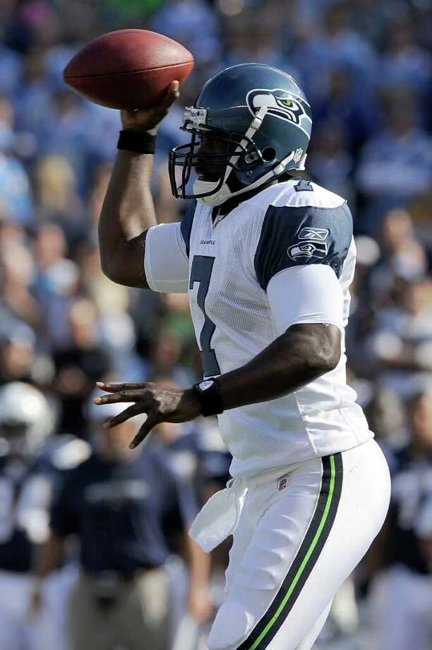 Quarterback Tarvaris Jackson #7 of the Seattle Seahawks looks to throw the ball in the first quarter against the San Diego Chargers. Photo: Kevork Djansezian, Getty Images / 2011 Getty Images