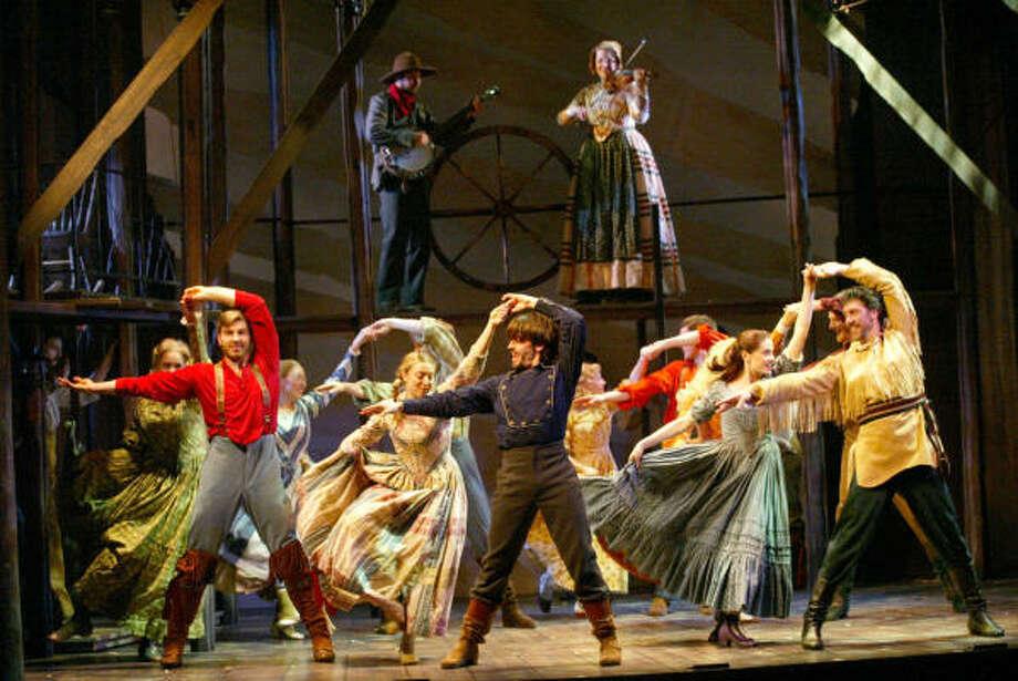 Seven Brides and Seven Brothersat Theatre Under the Stars. Photo: Sacramento Music Circus