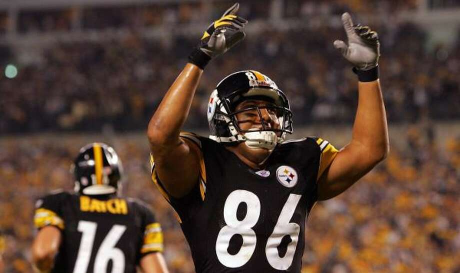 Hines Ward caught one of Charlie Batch's three touchdown passes in the season opener against the Dolphins. Photo: Jim McIsaac, Getty Images