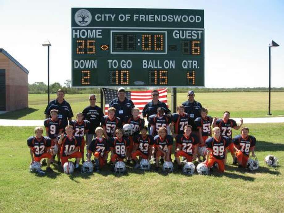 The 2006 Friendswood Bronco Sophomore Blue team Photo: James Eldridge, For The Chronicle