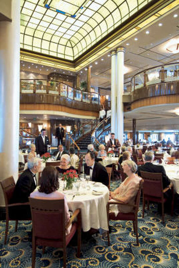 The Britannia restaurant on the Queen Mary 2. Photo: Cunard Line