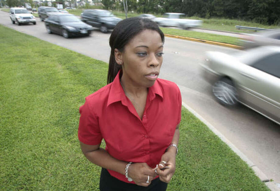 "Diana McShan-Clayborn, whose car was hit by a motorist fleeing police, calls the new policy ""a good step in trying to keep the public safe."" Photo: Billy Smith II, CHRONICLE"