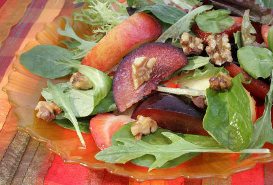 Farmers Market Salad is a festive riot of healthy color. Photo: Jill Toyoshiba, Kansas City Star