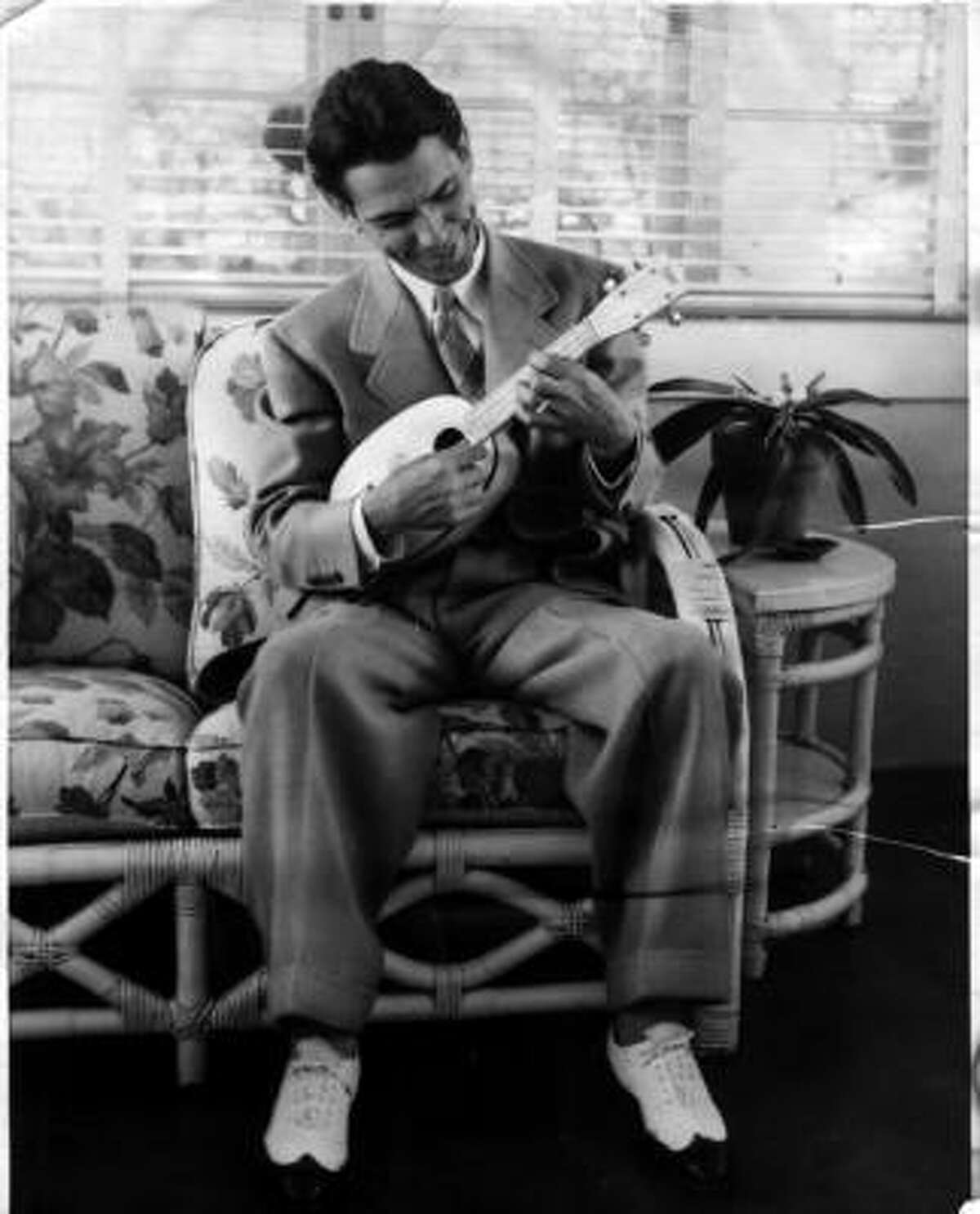 Duke of Uke Bill Tapia has played ukelele for more than 90 years.