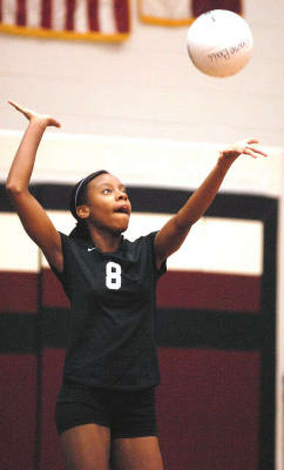 Pearland middle blocker Jessica Hendricks serves against Nederland during the Velocity Performance Volleyball Tournament last week. Photo: Ernie Chan, For The Chronicle
