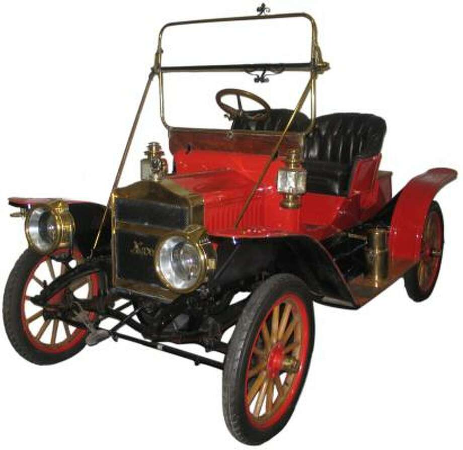 The Maxwell Model Q touring car showed that it was more economical to operate than a horse and buggy during a six-day road test in 1910. Photo: Antique Auto Museum